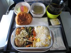 CX565の機内食