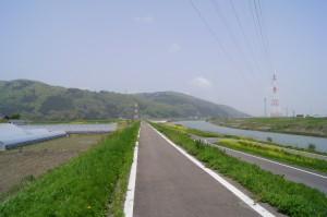 足羽川の遊歩道