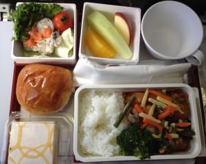 CI157機の機内食
