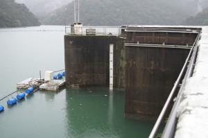 ダムの水位